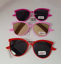Стильные солнцезащитные очки детские