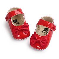 Детские нарядные красные лаковые пинетки туфельки для крестин девочки, на годик, фото 1