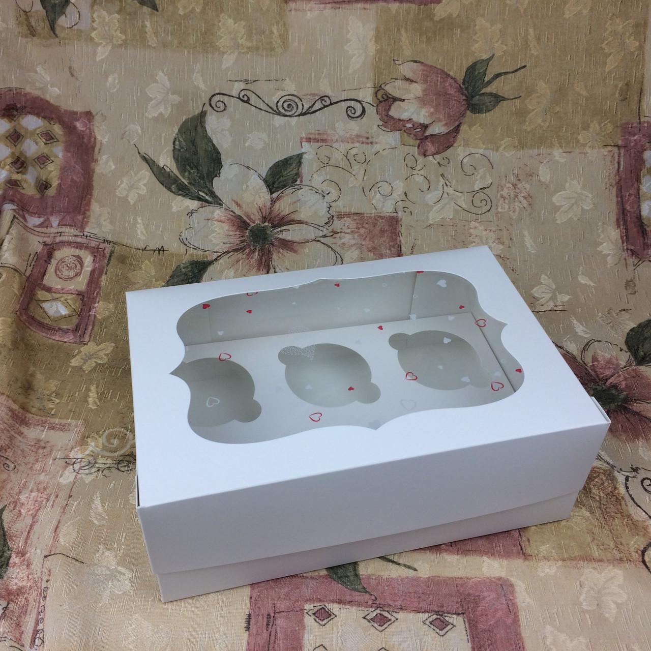 Коробка для 6-ти кексов / 250х170х90 мм / Белая / *пленка-сердц* / окно-обычн / лк
