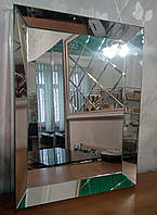 Зеркало в зеркальной раме объемное