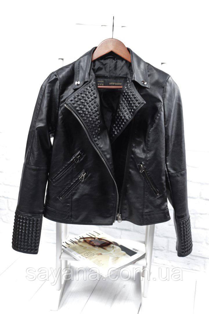 Женская стильная куртка с молниями и декором (БР-3-0418)