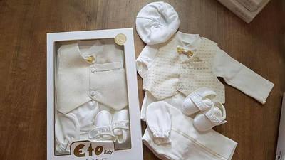 Одежда новорожденным ( крестины, выписка и другое.)