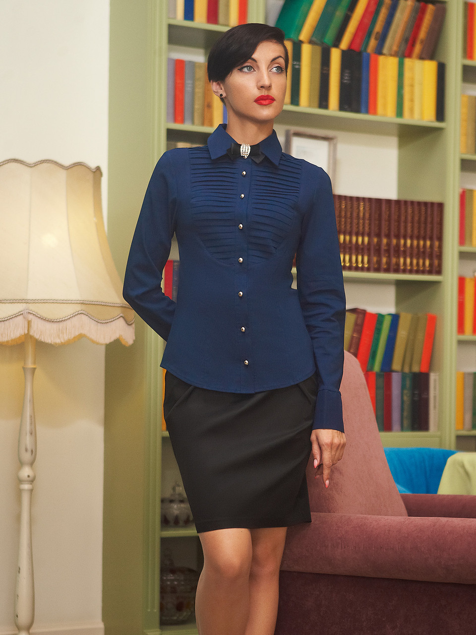 Женская темно-синяя деловая блузка Катарина д/р