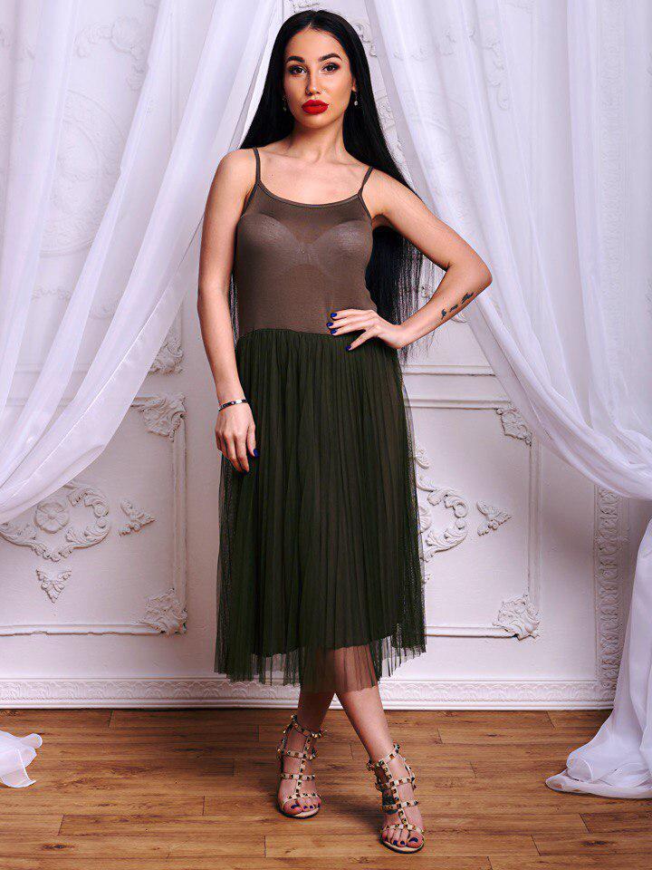 Модный сарафан в стиле минимализм