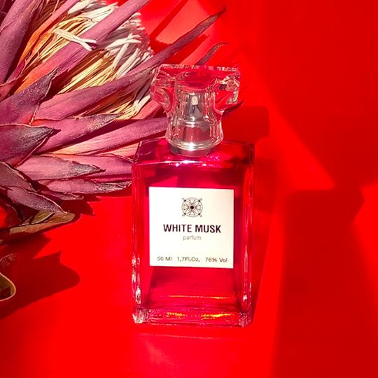 WHITE MUSK (белый мускус)