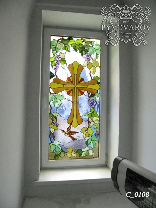 Церковный витраж крест в окна