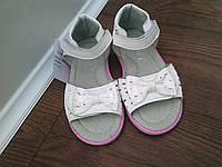 Белые босоножки нарядные сандали для девочки