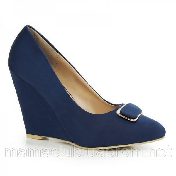 7ad898901 Темно-синие женские туфли на танкетке -