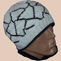 Зимняя шапка с орнаментом