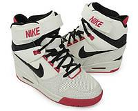 Женские кроссовки Nike Dunk Sky Hi white
