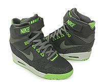 Женские кроссовки Nike Dunk Sky Hi серые
