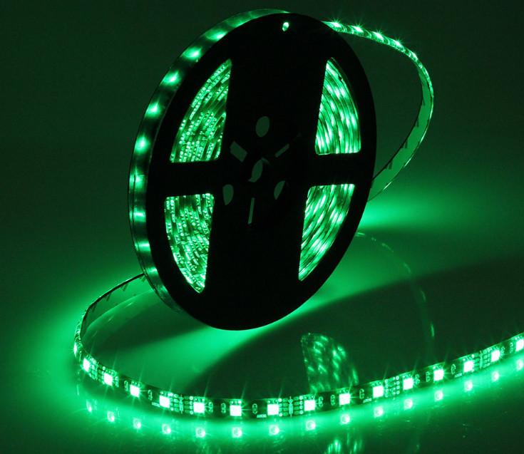 Светодиодная лента LED на черной основе, 12V, SMD5050, 60 д/м, зелёный