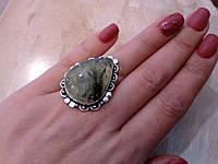 Пренит кольцо с натуральным пренитом в серебре 15-15.5 размер, фото 1