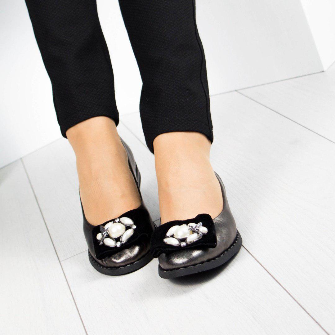Туфли женские с декором