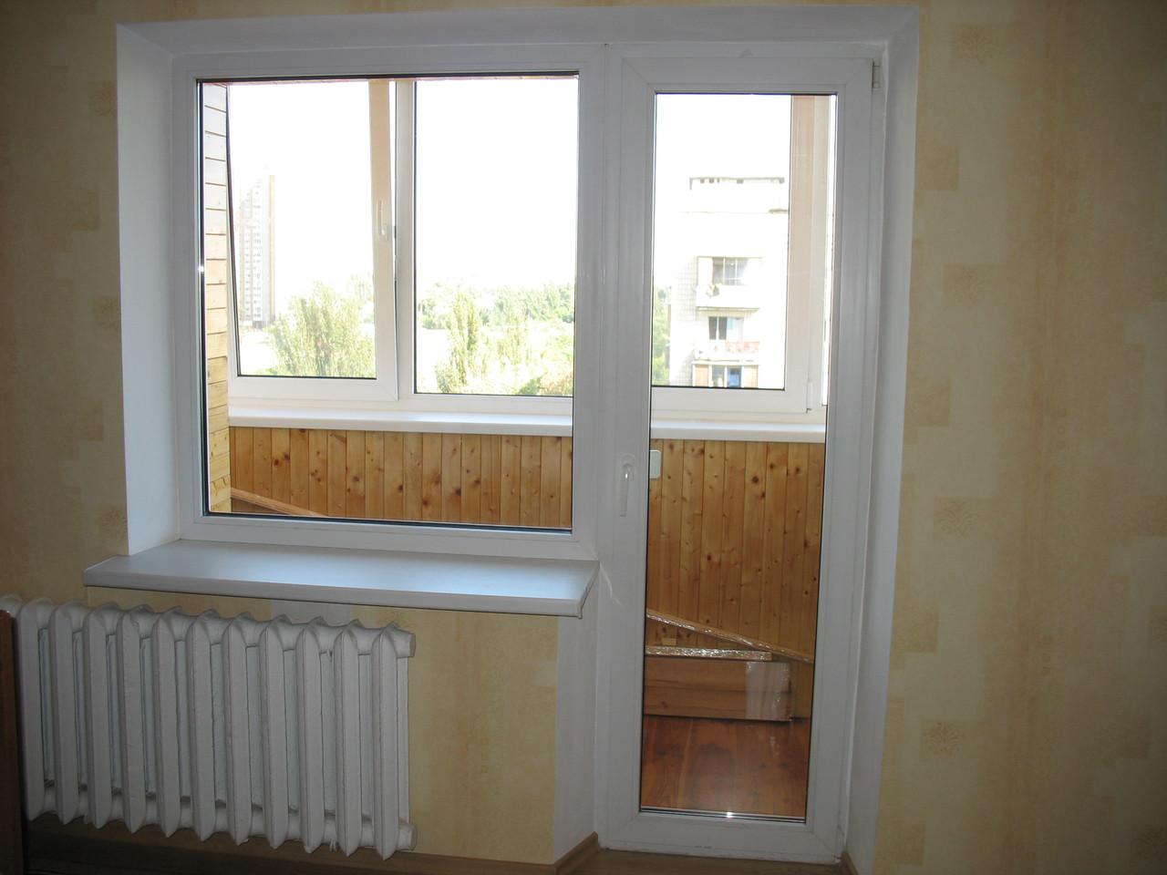 Балконная металлопластиковая дверь. Профиль Salamander, 5-х камерный, толщина 76 мм.