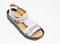 Женские босоножки сандалии с декоративной цепью