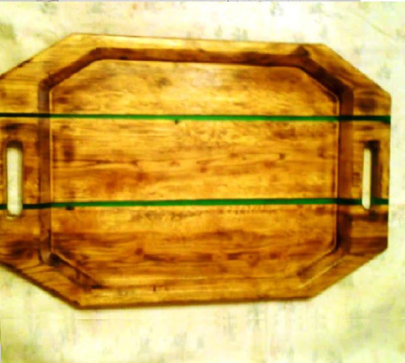 Деревянный поднос (ручная работа)