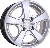 Литые диски Storm AT-545 HS 5.5x13/4x100 D67.1 ET35 (Hyper Silver)