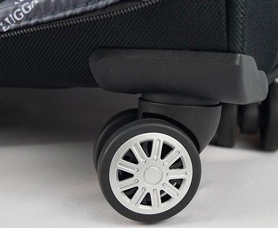Удобные колесики с вращением на 360 градусов