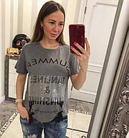 Модная футболка со стильным декором