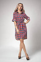 Летнее молодежное платье-рубашка в сине-красную клетку