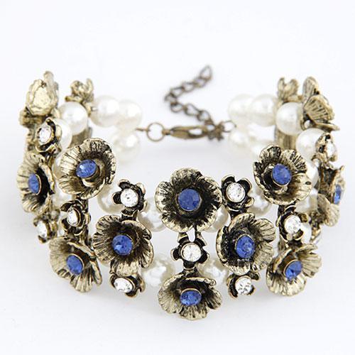 Браслет Цветы с голубыми камнями B007830