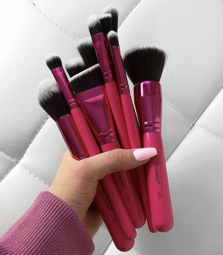 BH Cosmetics, BH Cosmetics Sculpt and Blend Fan Faves, BH Cosmetics Sculpt and Blend Fan Faves รีวิว, BH Cosmetics Sculpt and Blend Fan Faves ราคา, BH Cosmetics Sculpt and Blend Fan Faves - 10 Piece Brush Set
