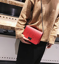 Стильная матовая сумка клатч на цепочке, фото 2