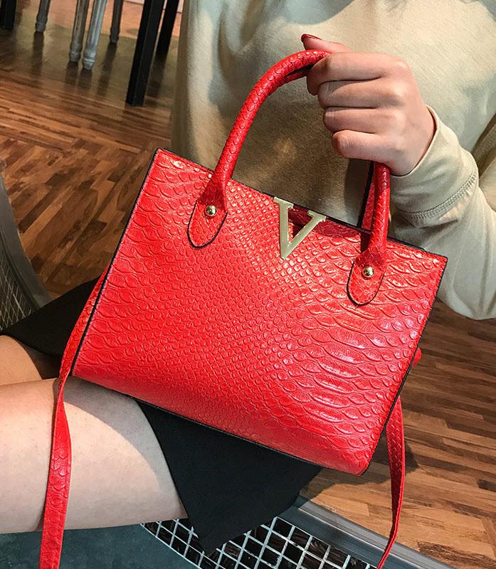 Модная женская сумка под кожу питона V
