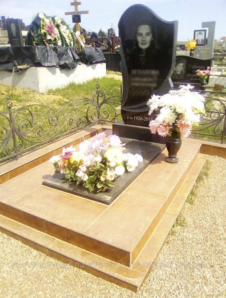Надгробная плита с вырезом фото цена на памятники в ярославле у жд