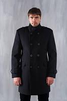 Мужское двубортное пальто в стиле милитари