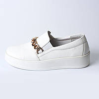 Туфли белые / цепочка