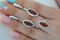 Серебряный комплект украшений с янтарем - кольцо и серьги, фото 1