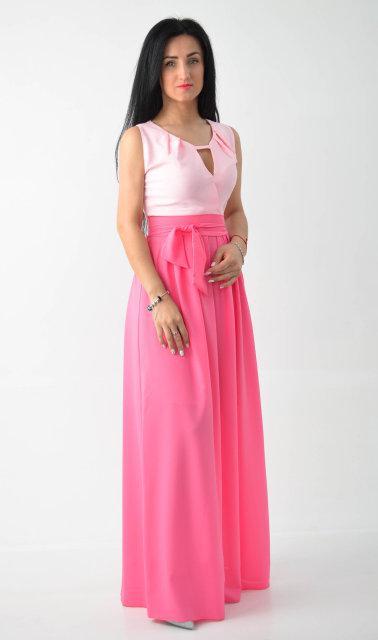 Длинное выпускное платье розового цвета