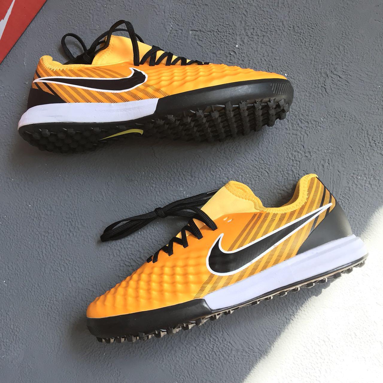 11035c9e Купить Сороконожки Nike Magista Onda II в Киеве от