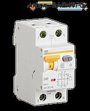 Дифференциальный автоматический выключатель АВДТ32 16А 30мА IEK