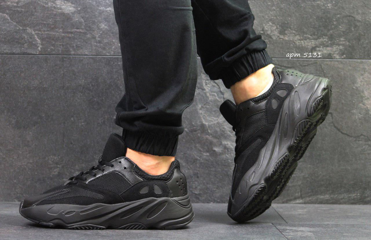 Летние мужские кроссовки Adidas Yeezy Wave Runner 700 Black (реплика)