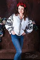 Чорно-біла вишивана блуза жіноча