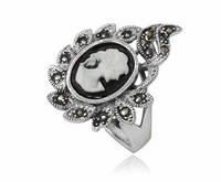 Серебряное кольцо Камея с натуральным перламутром