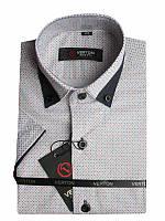 Рубашка для мальчика белая с голубо-красным принтом отделка синим притал. короткий рукав Verton