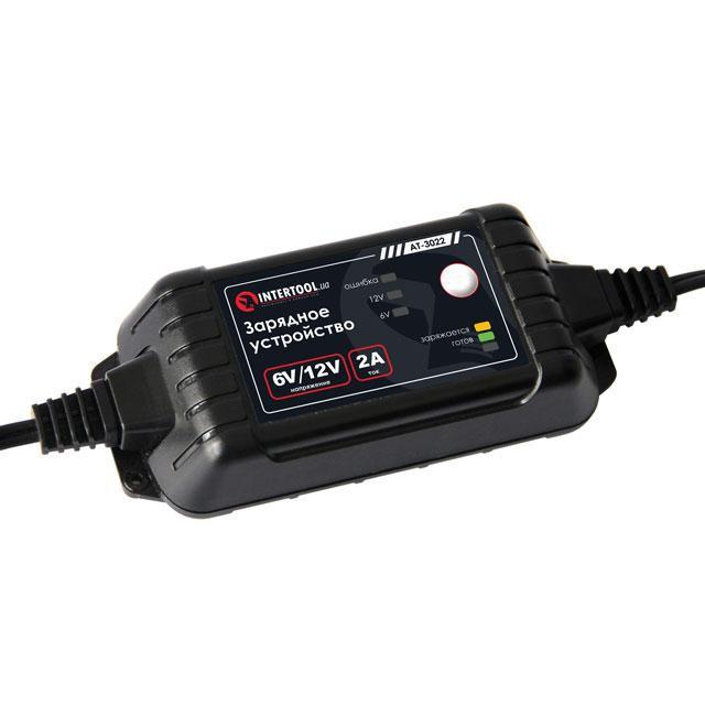 Зарядное устройство 6/12В, 2А, 230В, максимальная емкость заряжаемого аккумулятора 1.2-60 а/ч