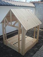 Домик с песочницей из дерева для детской площадки