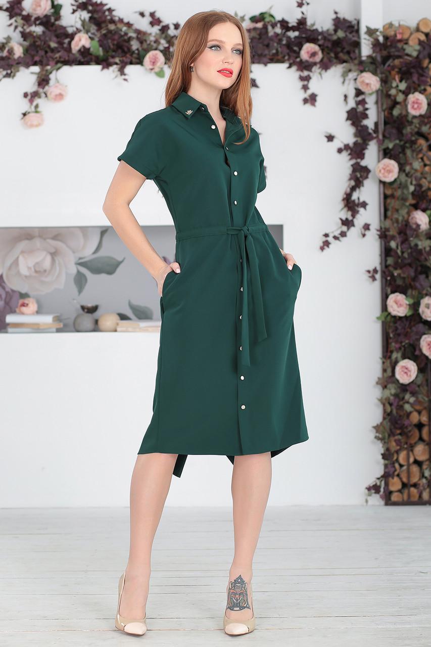 Платье на пуговицах в зеленом цвете