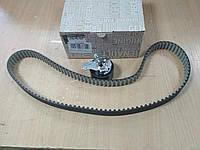 """Комплект ГРМ (ролик+ремень) на DACIA LOGAN II 1.5  2012>; RENAULT Kangoo 1.5 dCi 2010> """"RENAULT"""" 130C11508R"""