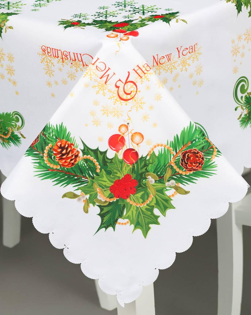 Скатерть праздничная красивая