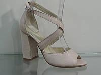 Элегантные женские замшевые босоножки на каблуке с закрытой пяткой, фото 1