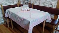Скатерть на кухонный стол в розовом цвете