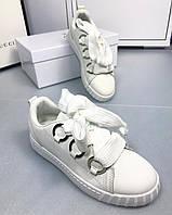 Женские белые кеды со шнурками