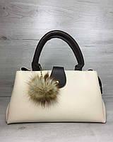 Бежевая сумка на плечо 54806 оригинальная с бубоном, фото 1