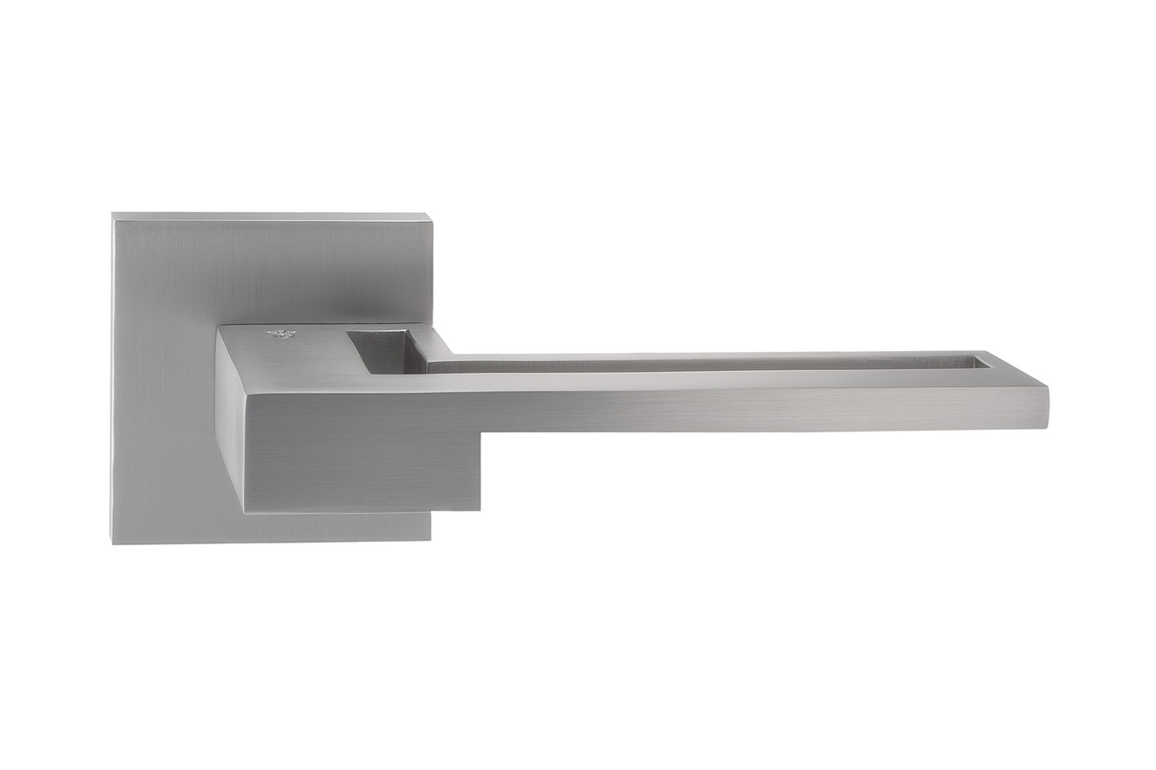 Итальянская дверная ручка ORO&ORO 032-15E SCH/CP